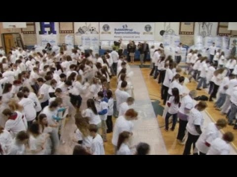 Bubble wrap popping Guinness World Records title broken