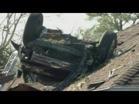 Car on roof: Car crashes and flips upside down on to roof in Houston, Texas