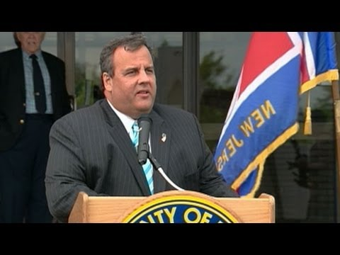 Chris Christie Addresses Lap Band Weight Surgery at Newark Tech: 'I Turned 50 and It Made Me Think'
