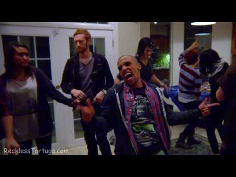 The Online Gamer – House Party