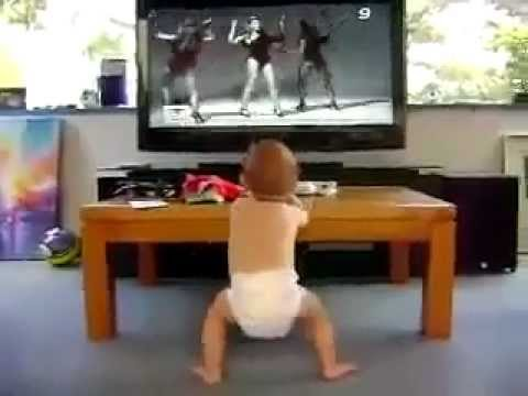 DANCING BABY VERY FUNNY