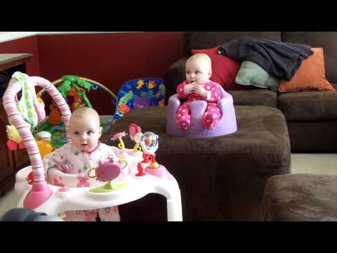 Twin Babies Laughing (Really Funny) ! loooool