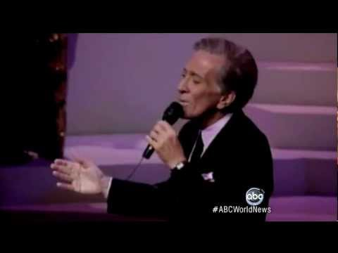 Andy Williams Dead: 'Moon River' Singer Remembered