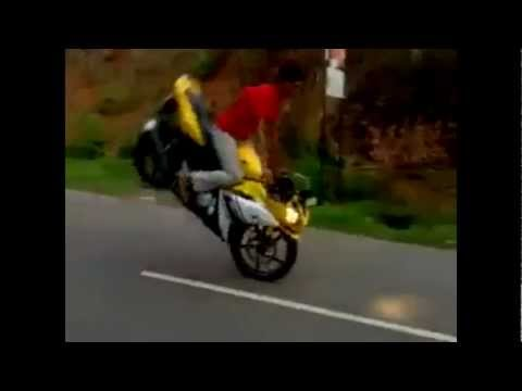 Funny Bike stunt in India, funny bike accident
