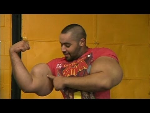 World's Biggest Arms: 'Egyptian Popeye' Moustafa Ismail Touts Huge Biceps, Triceps