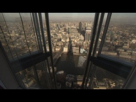 The View from The Shard opens: Amazing views of London